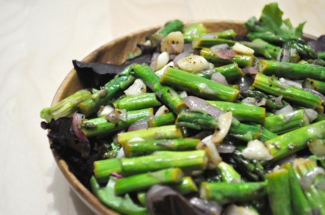 asparagus-spring-mix-salad